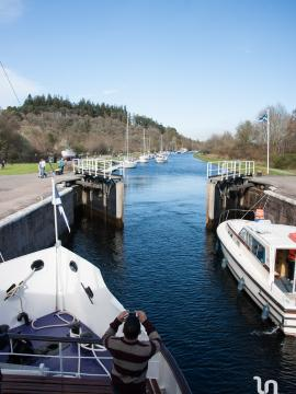 Jacobite Queen on the caledonian canal 2